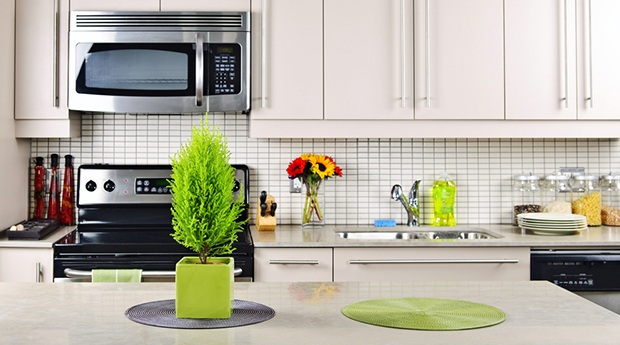 Make your Kitchen Clean and Smell Great | Mr. Clean®